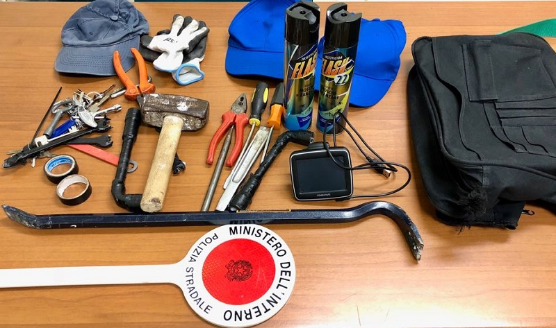 Ceprano, furto di batterie per ponti radio: denunciato 41enne
