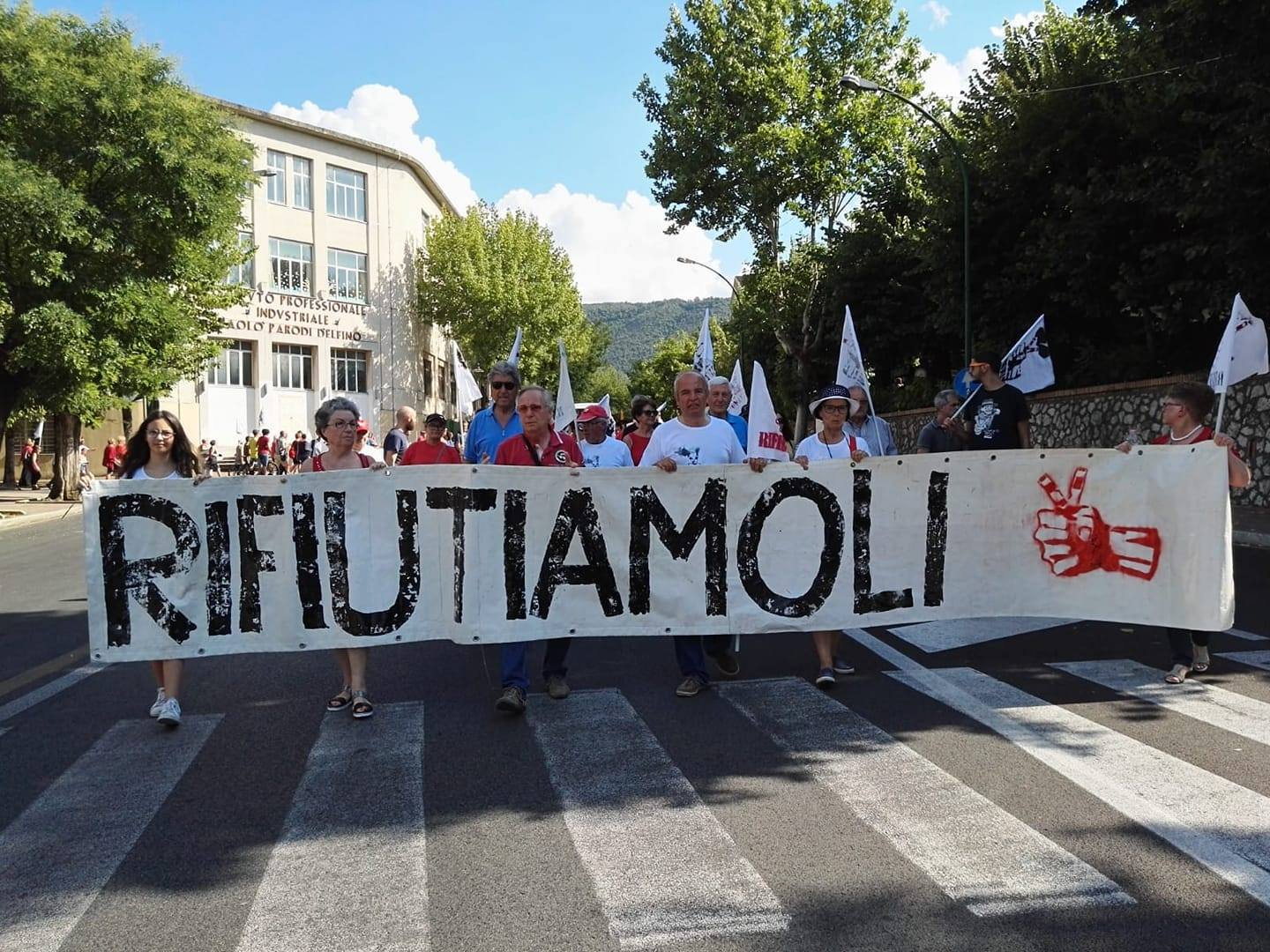 """Movimento Rifiutiamoli: """"Cosa ci dobbiamo aspettare dal piano della Regione Lazio sui rifiuti?"""""""