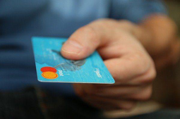 Arriva una nuova truffa virale: prelievi non autorizzati e uscite anomale dal proprio conto corrente mediante R.I.D. di pochi euro