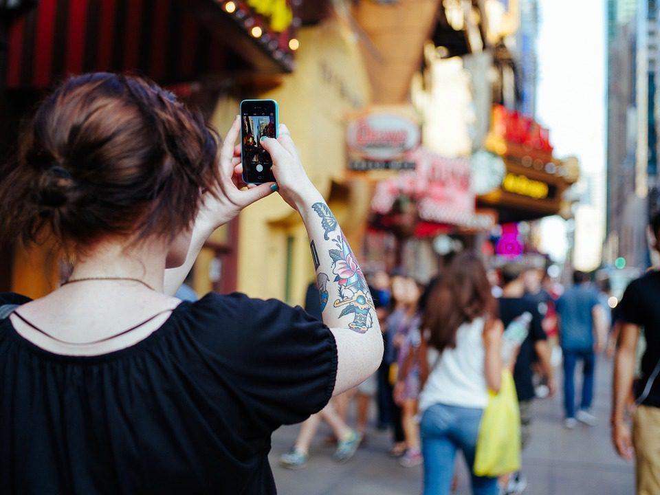 Panama, donna precipita e muore per un selfie