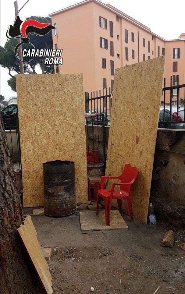 San Basilio, tentano di ricostruire la casetta in legno nel terreno Ate per ripristinare la base di spaccio: due giovani pusher arrestati