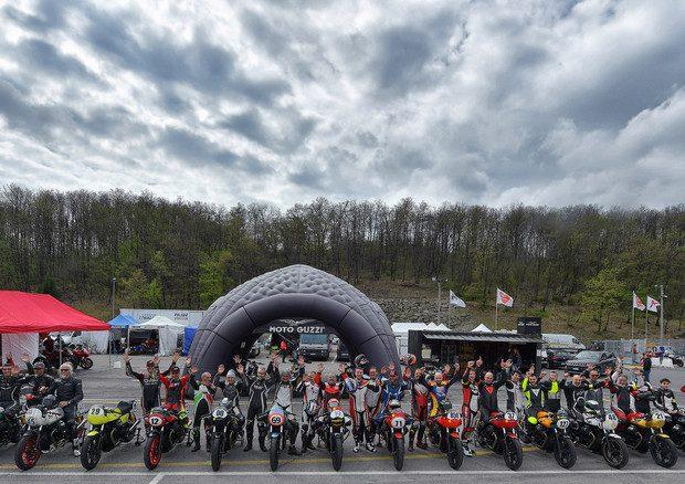 Un successo la tappa capitolina del Trofeo Moto Guzzi Fast Endurance