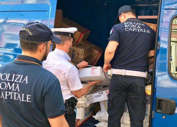Esquilino, 170 kg di pesce e carne sequestrati dalla Polizia Locale di Roma Capitale