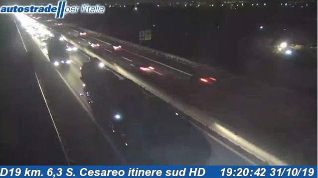 Monte Porzio Catone San Cesareo incidente autostrada a1 oggi giovedì 31 ottobre 2019