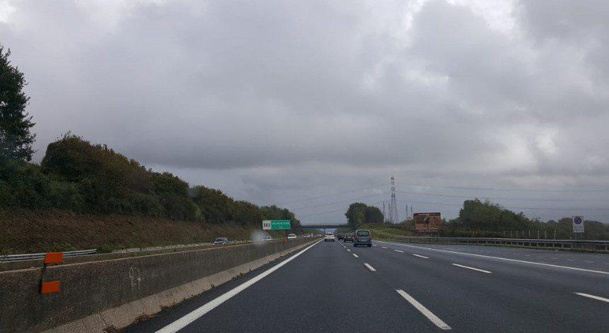valmontone roma sud perdita carico sacco corsia sorpasso autostrada a1 martedì 5 novembre 2019