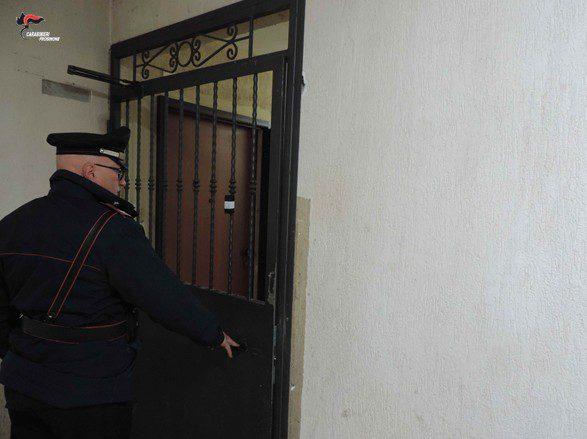 San Giorgio a Liri, all'interno di un'abitazione Ater chiudono abusivamente il corridoio costruendo una parete e ostruendo il passaggio agli altri condomini