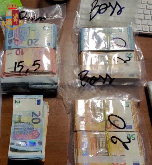 Torre Maura, due giovani nei guai per riciclaggio: sequestrati ben 65mila euro