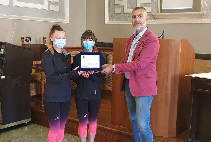 Ceccano, Rachele Compagnone e Alessia Serufilli giovani promesse della ginnastica premiate: le atlete si stanno preparando agli Europei