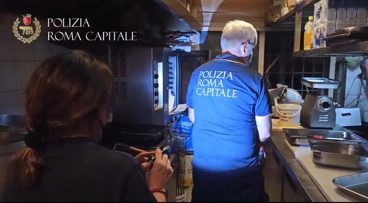 Ostiense e San Paolo, controlli su movida e locali: multe per 8mila euro e sequestrato cibo etnico