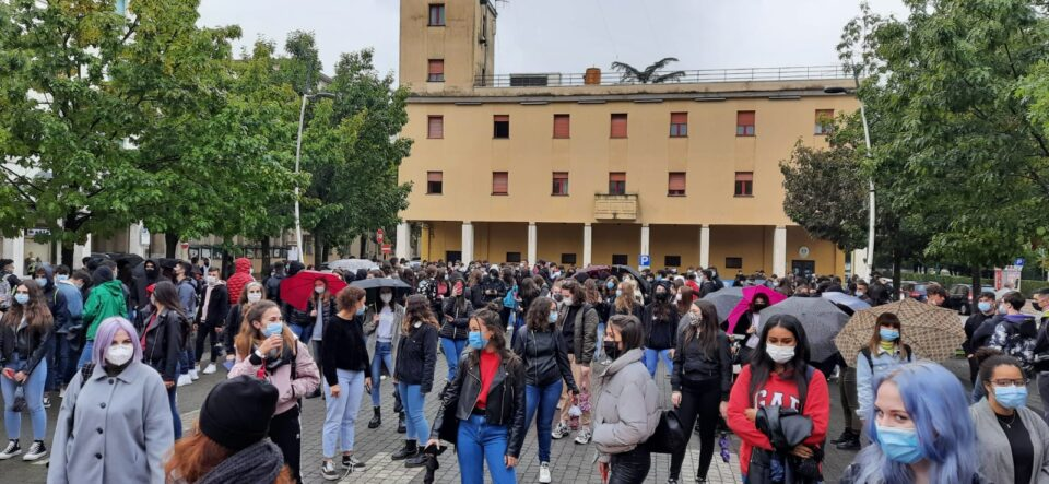 colleferro corse bus protesta studenti