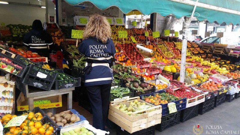 trionfale sequestrata frutta verdura