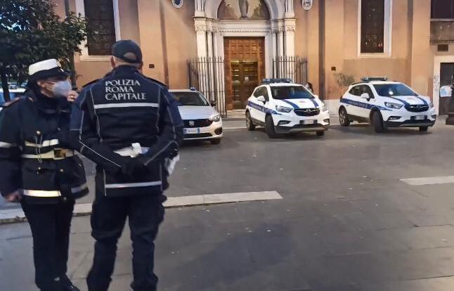 Roma, diverse multe per mancato rispetto anti-Covid da parte di persone e gestori di locali