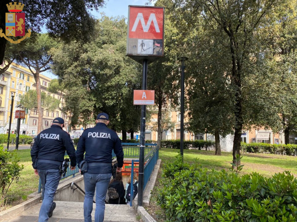 Roma, riapertura scuole secondarie di secondo grado e università: controlli rafforzati per evitare gli assembramenti