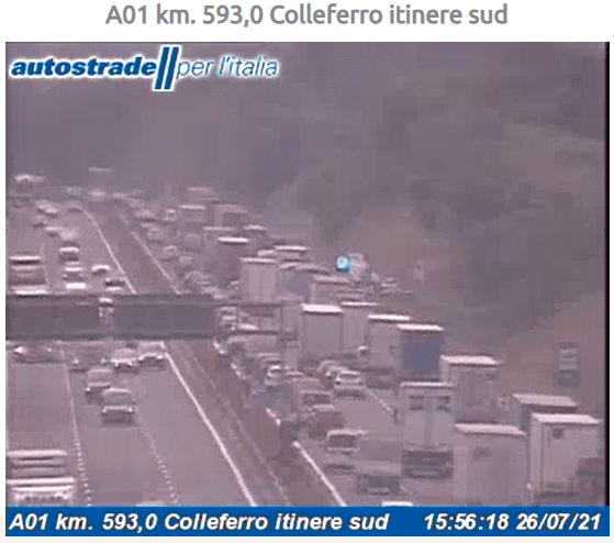 Autostrada A1 incidente tra Colleferro e Valmontone oggi 26 luglio 2021