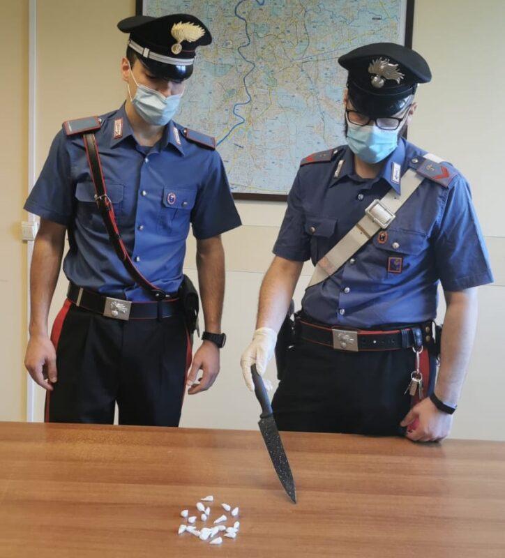 """Roma, Ferragosto da """"sballo"""": sequestrati funghi allucinogeni, ecstasy e centinaia di dosi di droga (FOTO)"""