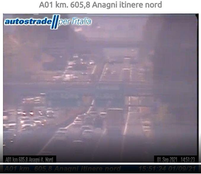A1 incidente tra Anagni e Colleferro oggi 1 settembre 2021 camion contro auto